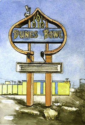 Bowling Alley Painting - Dunes Bowl by Leslie Green