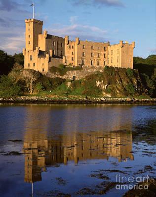 Castle Photograph - Dunvegan Castle by Rafael Macia