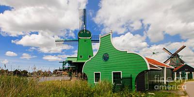 Pete Reynolds Photograph - Dutch Vibrance by Pete Reynolds