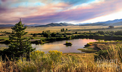 Landsacape Photograph - Early Morning View by Robert Bales