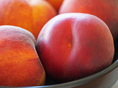 Eat A Peach Print by Rona Black