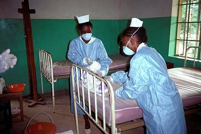 Ebola Isolation Ward Print by Cdc