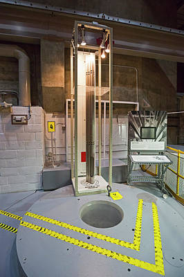 Fission Photograph - Ebr-i Nuclear Reactor Fuel Rods And Core by Jim West