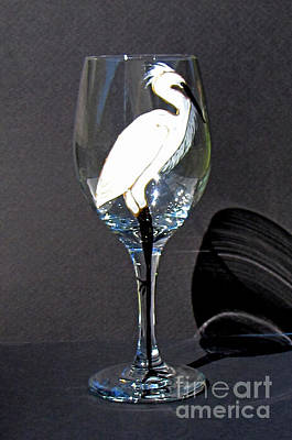 Hand Painted Wine Glass Glass Art - Egret On Wineglass by Pauline Ross