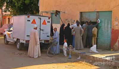 Que Photograph - Egyptian Street Scene by John Malone