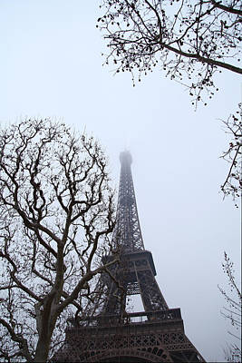 Eiffel Tower - Paris France - 011318 Print by DC Photographer