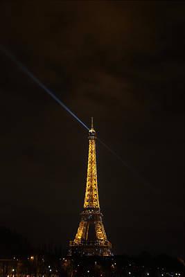 Eiffel Tower - Paris France - 011347 Print by DC Photographer