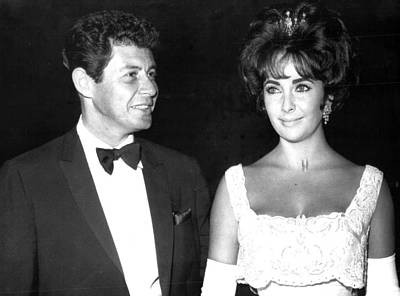Elizabeth Taylor With Husband Print by Retro Images Archive