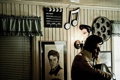 Peggy Sues Diner Photograph - Elvis At Peggy's by Ellen and Udo Klinkel