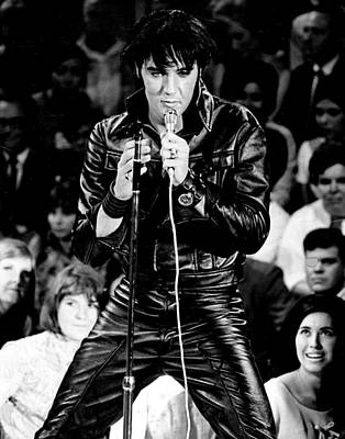 Tennessee Photograph - Elvis Presley In Leather Suit by Retro Images Archive