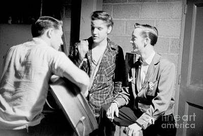 Gene Photograph - Elvis Presley With Gene Smith And Scotty Moore 1956 by The Phillip Harrington Collection