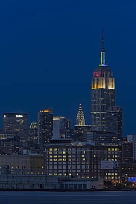 Chrysler Building Photograph - Empire State Twilight by Susan Candelario