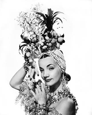 1944 Movies Photograph - Entertainer Carmen Miranda by Underwood Archives