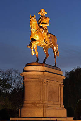 Statue Portrait Photograph - Equestrian Bronze Statue Of George Washington by Juergen Roth