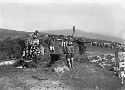 Igloo Photograph - Eskimo Igloo by Granger