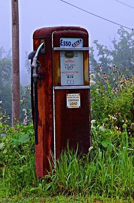 Esso Extra Print by Bill Cannon