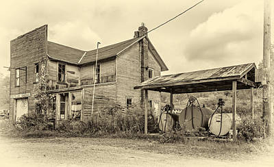 7up Sign Photograph - Estella Garage 4 Sepia by Steve Harrington