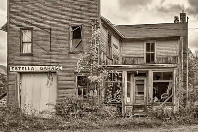7up Sign Photograph - Estella Garage Sepia by Steve Harrington