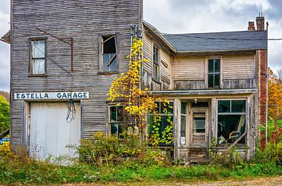 7up Sign Photograph - Estella Garage by Steve Harrington