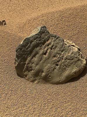 Et-then Rock, Mars, Curiosity Image Print by Science Photo Library