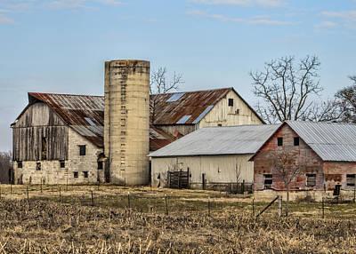 Amish Community Photograph - Ethridge Tennessee Amish Barn by Kathy Clark