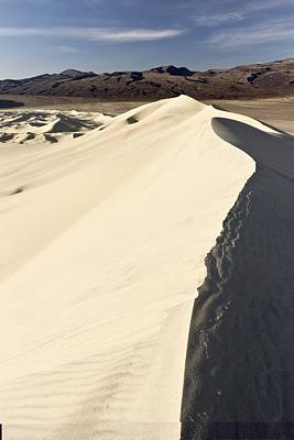 Eureka Valley Photograph - Eureka Valley Sand Dunes, Usa by Science Photo Library