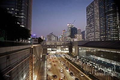 Hong Kong Photograph - Evening Falls Hong Kong by T Lang