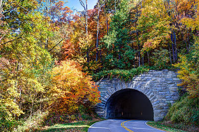 Fall On The Parkway Print by Walt  Baker