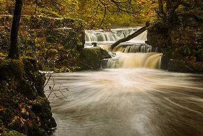 Izzy Photograph - Falls In Fall by Izzy Standbridge