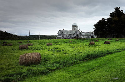 Michael Spano Photograph - Farmhouse Bails Of Hay by Michael Spano