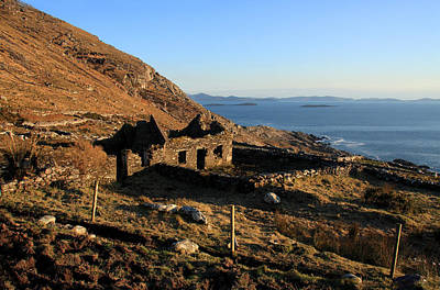 Stone Buildings Photograph - Farmhouse Ruin by Aidan Moran