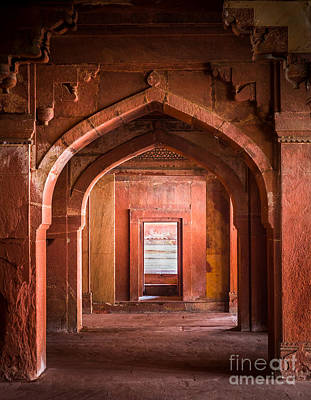 Fatehpur Sikri Entrance Print by Inge Johnsson
