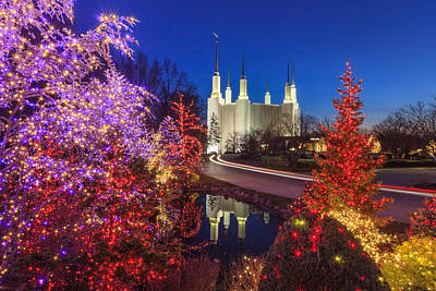 Washington Dc Lds Temple Festival Of Lights Print by Carol VanDyke