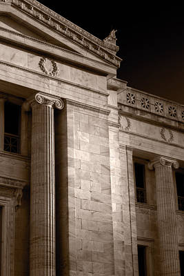 Field Museum Of Chicago Bw Number 2 Print by Steve Gadomski