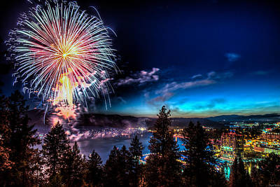 4th July Photograph - Final Blast Over Coeur D' Alene Lake by Derek Haller