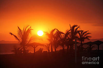 Fire Ball Sunset Print by Bob Hislop