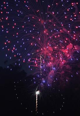 Fireworks 2014 Vi Original by Suzanne Gaff