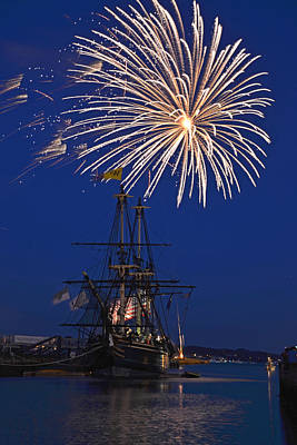 Fireworks Over The Salem Friendship Print by Toby McGuire