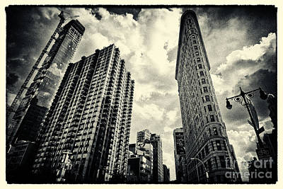 Filmnoir Photograph - Flat Iron Building New York City by Sabine Jacobs