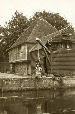 1890s Photograph - Fordwich Ducking Stool by Underwood Archives