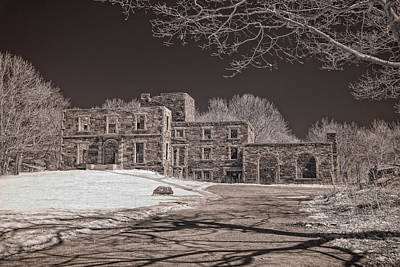 Forgotten Fort Williams Print by Joann Vitali