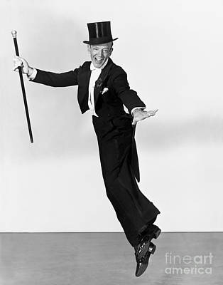 Fred Astaire In The Air Print by MMG Archives