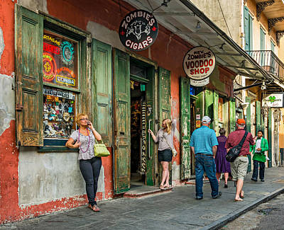 French Quarter - People Watching Print by Steve Harrington