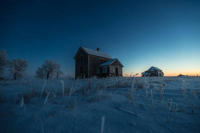Abandoned House Photograph - Frozen And Forgotten by Aaron J Groen
