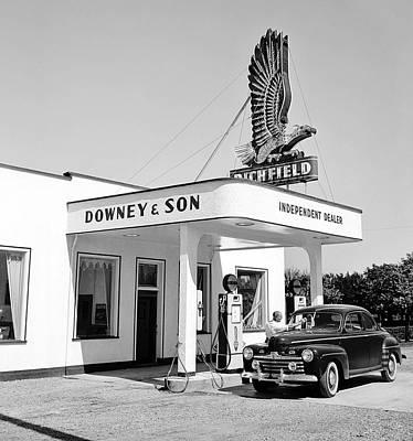 Car Er Photograph - Full Service  1946 by Daniel Hagerman