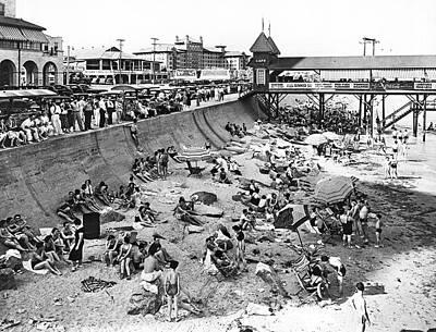 Galveston Photograph - Galveston Beach Scene by Underwood Archives