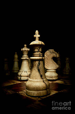 Game Of Chess Print by Oscar Gutierrez
