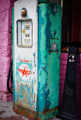 Gas Pump Print by Niels Nielsen