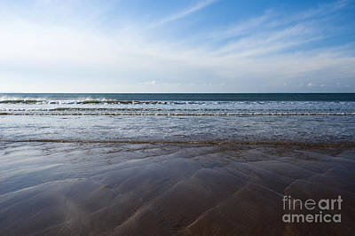 Gentle Waves Print by Anne Gilbert