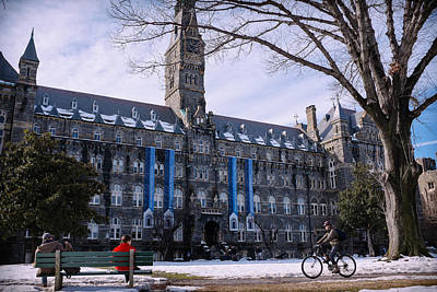 Washingtondc Photograph - Georgetown University Alumni And Student Federal Credit Union by Matailong Du